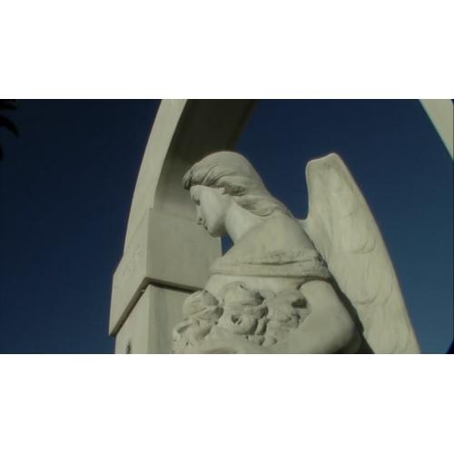 Angel statue-500x500
