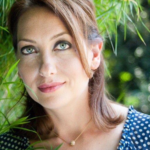Happy Birthday to Kissing Jessica Stein actress, Heather Juergensen!